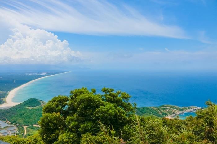 Đảo Hải Nam – Viên Ngọc Quý Giữa Lòng Biển Khơi